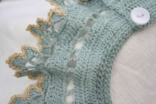 Pale green collar detail