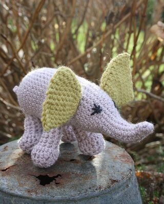 IC elephant